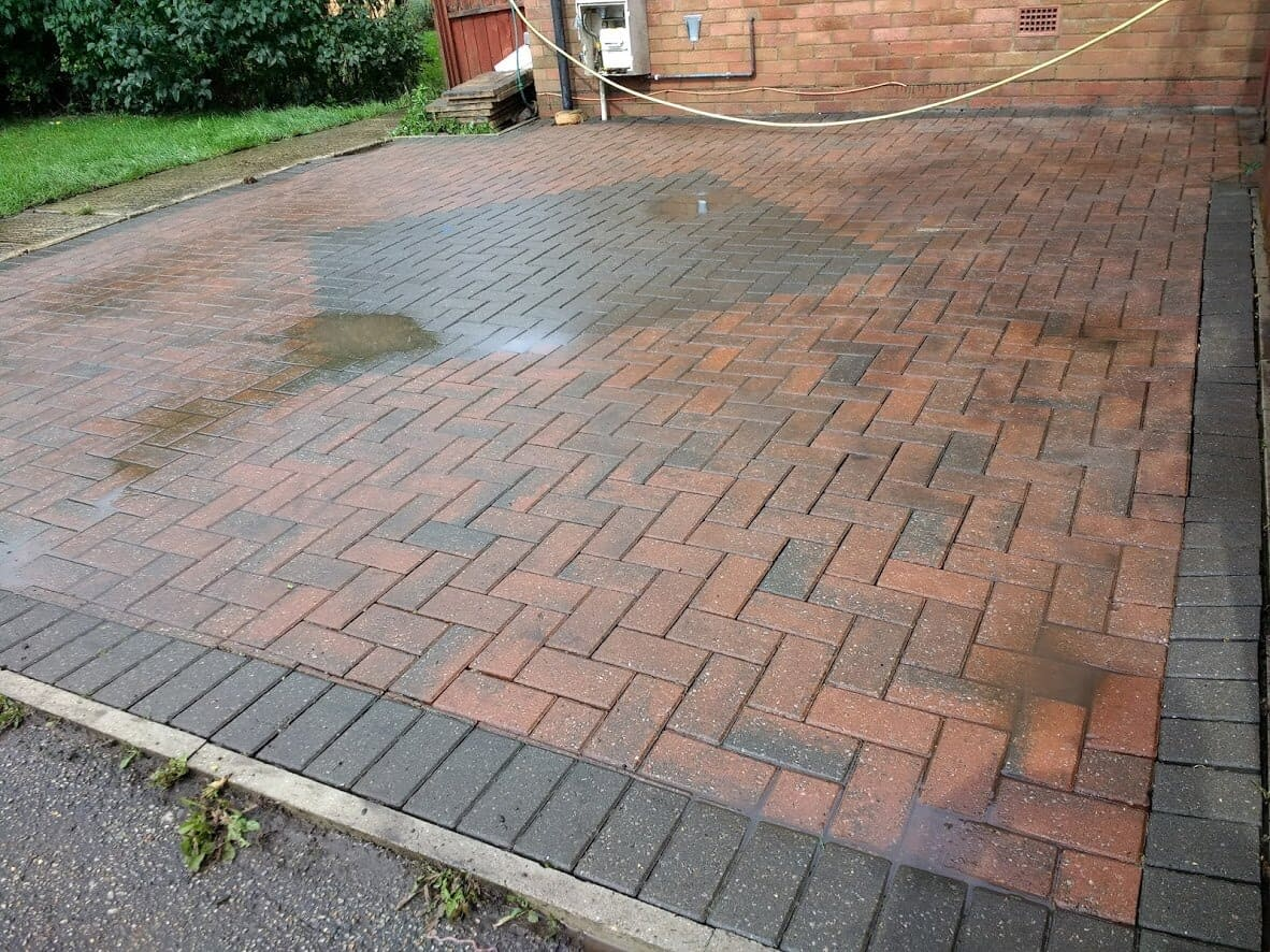 driveway cleaning pressure washing in Northampton